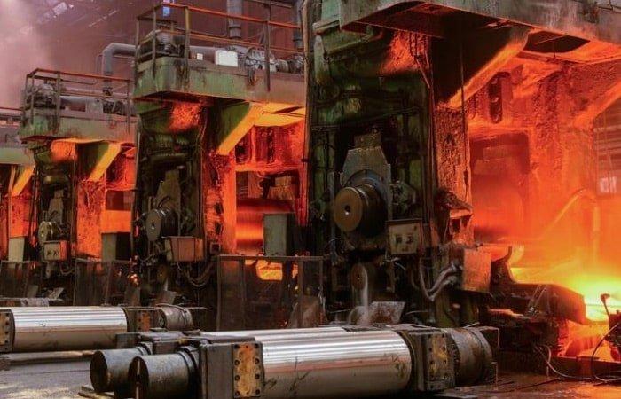 ۷ کاربرد روانکار صنعتی در کارخانه ذوب آهن